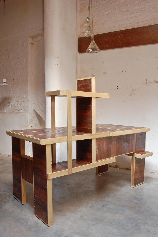 Meranti Desk 5